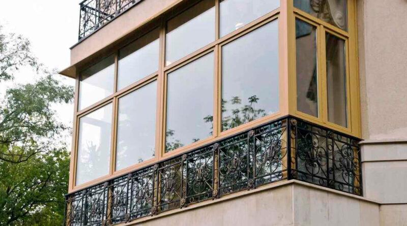 frantsuzskij-balkon-chto-eto-2